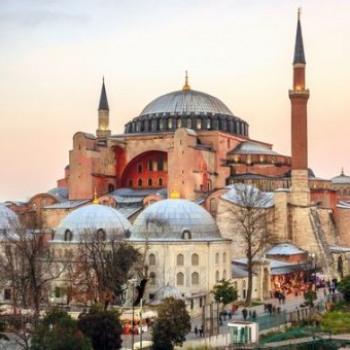 Η Αγία Σοφιά , από μνημείο παγκόσμιας πολιτιστικής κληρονομιάς, εργαλείο για το αφήγημα της κραταιάς Τουρκίας